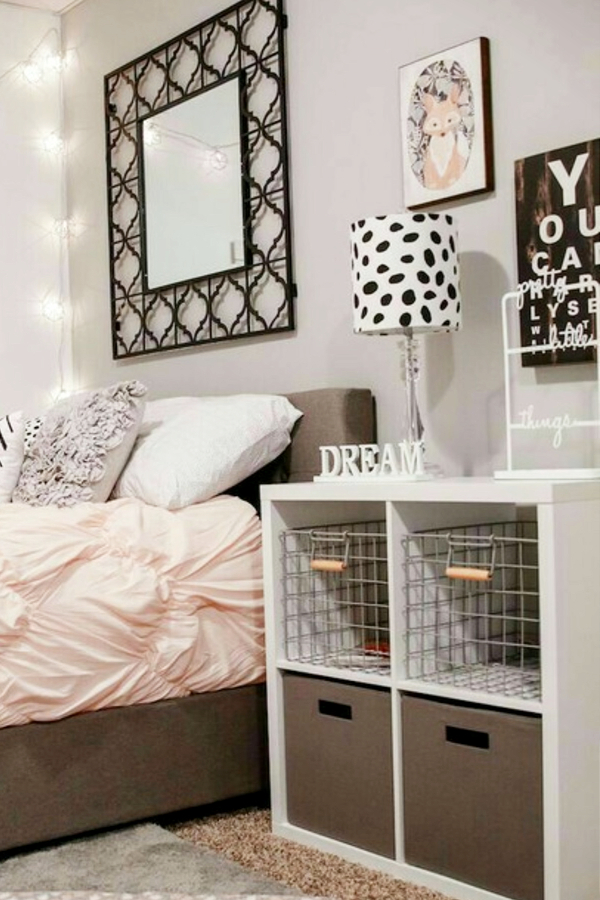 Small bedroom organization and storage ideas on a budget - Small Bedroom Storage Ideas - Creative Storage Ideas for Small Bedrooms #gettingorganized