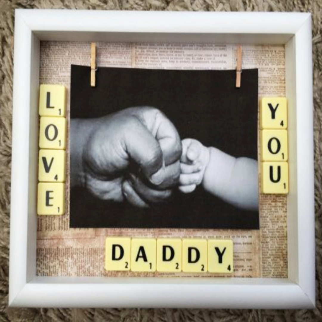 Handmade Father's Day gift - this picture frame is ADORABLE!  See More DIY Fathers Day Gifts From Kids - Quick and Easy Father's Day crafts and gift ideas