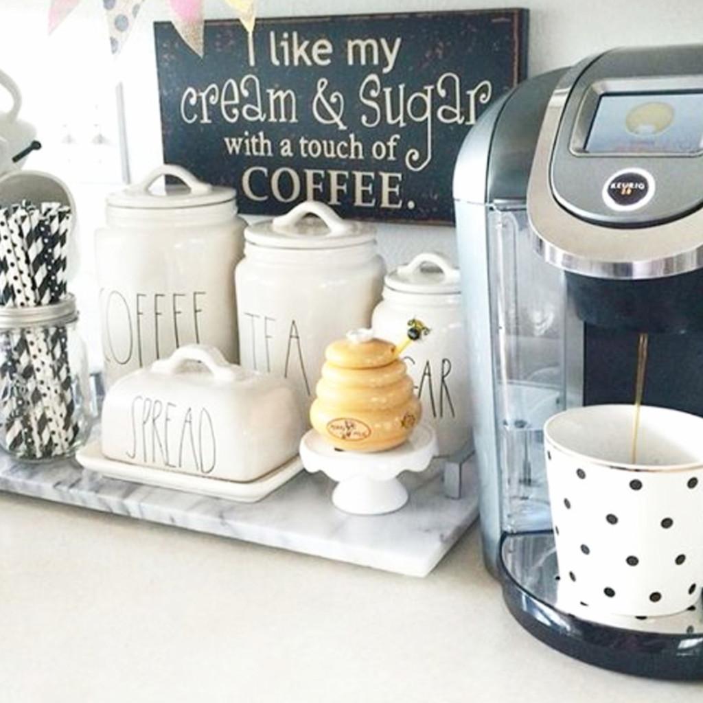 Kitchen coffee area ideas #kitchenideas #diyroomdecor #homedecorideas #diyhomedecor #farmhousedecor