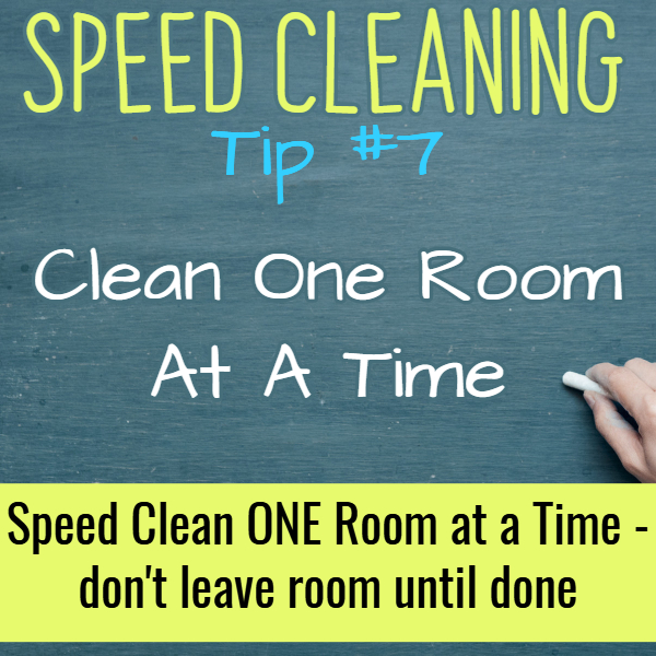 Cleaning Hacks and house cleaning tips for SPEED CLEANING your house. If you're speed cleaning for company or just to clean your house FAST, these speed cleaning tips and tricks really work.